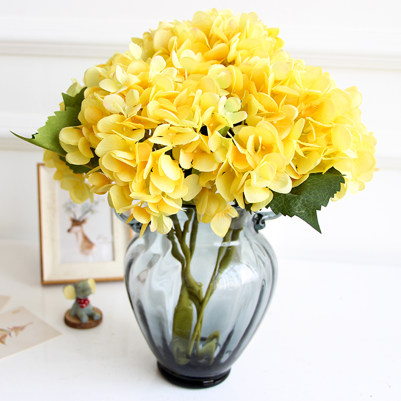 Wholesale Flowers For Weddings Events: Wholesale 100pcs Yellow Hydrangea With Leaves Display Silk