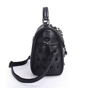 Image 4 - JIEROTYX sac à main en cuir de mouton véritable pour femmes, sacoche à bandoulière à rivets, crâne, fourre tout pour voyage, gothique noir