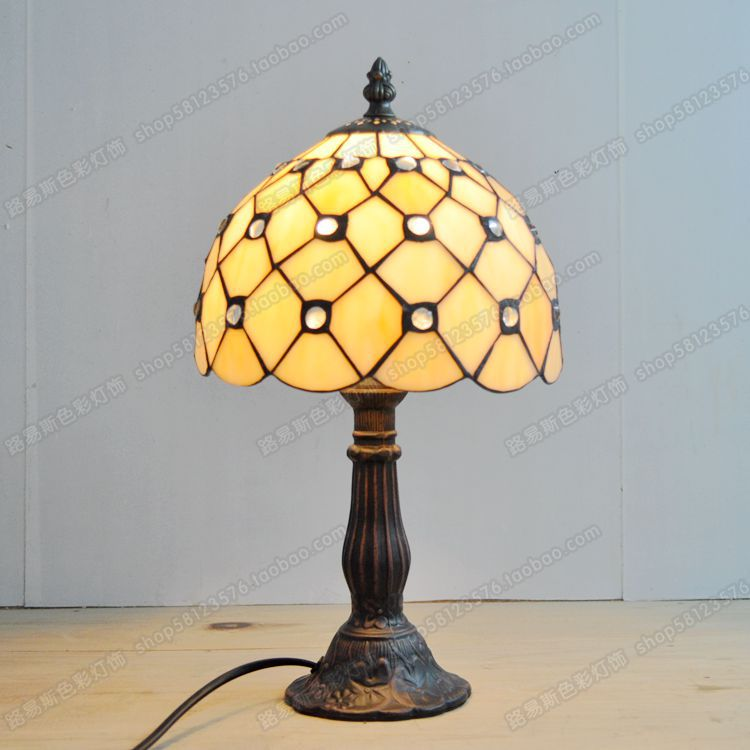 Direct manufacturers of Gypsophila small lamp housing children contracted night light Tiffany crystal lamp bedside lampDirect manufacturers of Gypsophila small lamp housing children contracted night light Tiffany crystal lamp bedside lamp