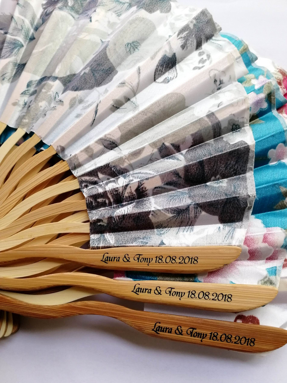 100pcs Personalized Customized Bamboo 100 Polyester Flower Blossoms Wedding Chinese Japanese Folding Fan With tassel printing