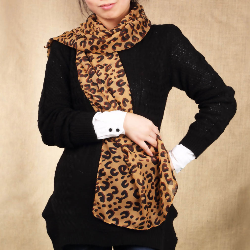 Square Scarves Hot Long Sexy Leopard Scarf Women Warmth Animal Print Leopard Shawl Winter Autumn Warm Fashion Lady Women Design
