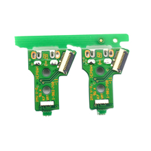 цена на 100PCS Triangular mainboard JDS-055 version 050 Charging borad USB Charging Port Board for PS4 wireless Dualshock 4 controller