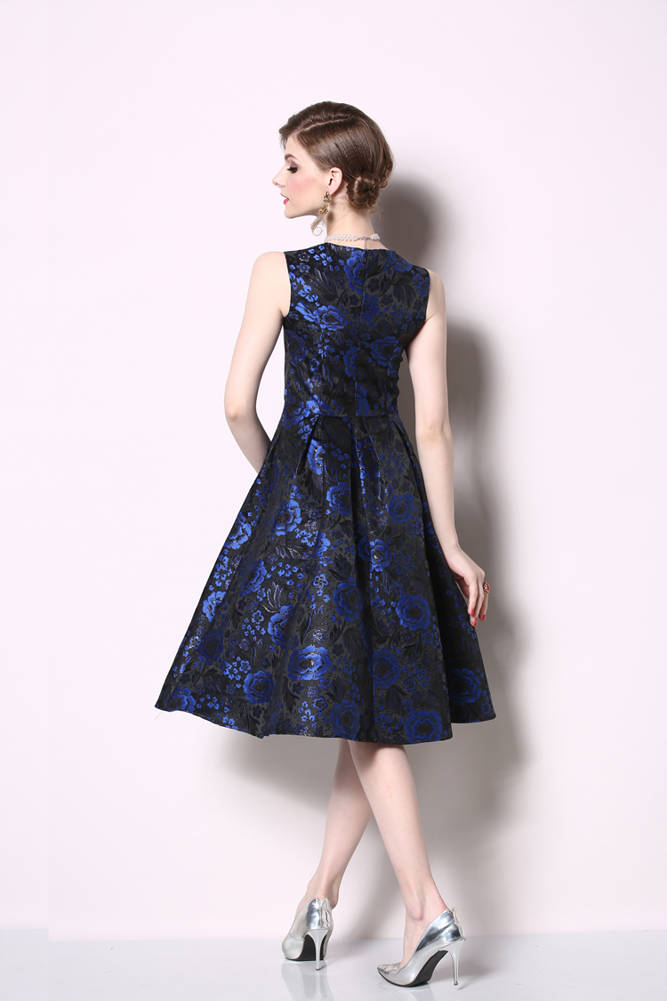 Elegant Sleeveless Printed Vintage Swing Dress 7