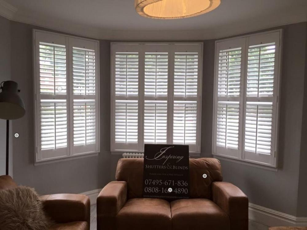 Interior Solid Timber Wood Window Shutters Wood Plantation Shutter With Fashionable