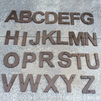 كبير حجم الحديد الزهر عنوان رسائل منزل إلكتروني الثقيلة المعادن منزل الأرقام والحروف ، منزل علامات