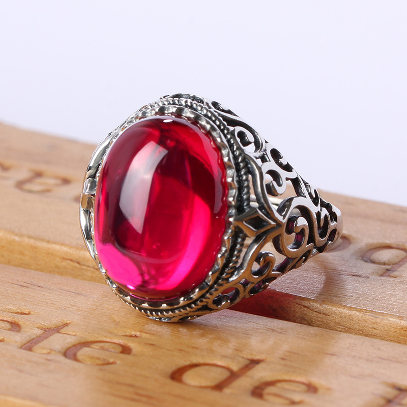 925 Sterling Silver Ruby Big Ring Red Crystal Atmospheric Index Finger British Court Retro Pattern Wedding Gift Ring JR04