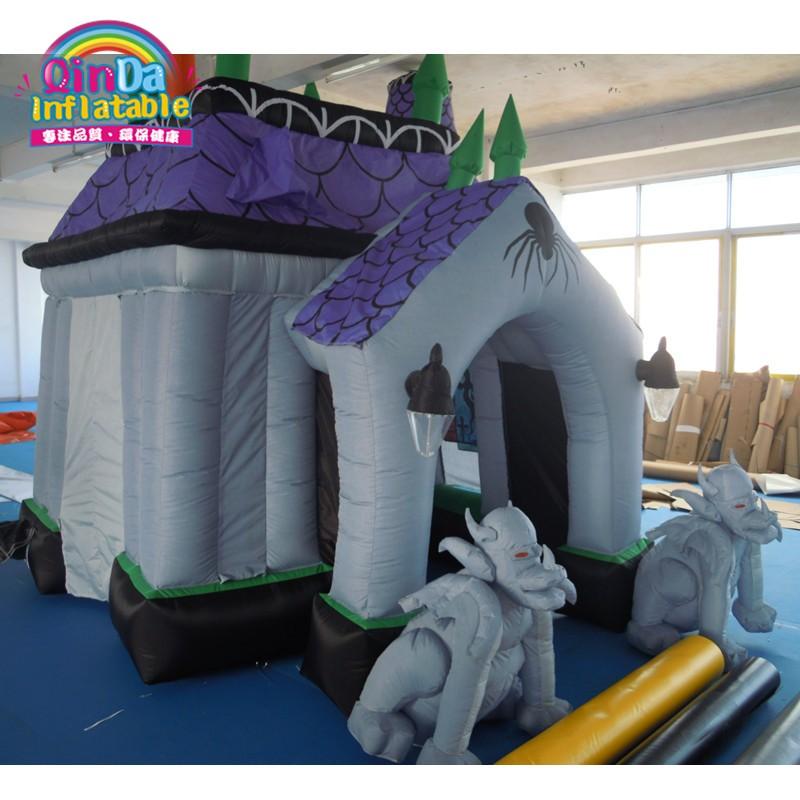 halloween inflatable haunted house30