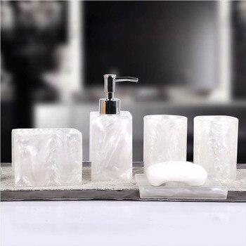 5 Pcs Harz Bad Zubehör Set Lotion Dispenser mit Pumpe + Zahnbürste Halter + Seife Schüssel + 2 Tumbler Sets PAK55
