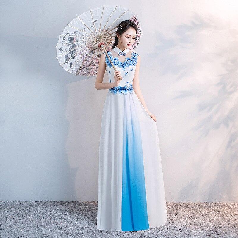 Section 2019 Banquet Porcelaine Blanc Costume Longue Cheongsam Nouveau Améliorée Et Bleu De Chœur Robe Spectacle Soirée 4rw4F7q
