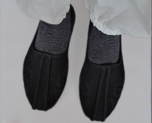 Classic Daoist Monk Shoes 5