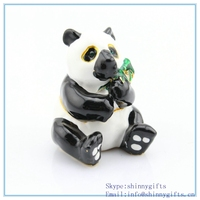 Hot Sale Chinese Style Panda Holding Bamboo Shape Trinket Box For Home Decoration