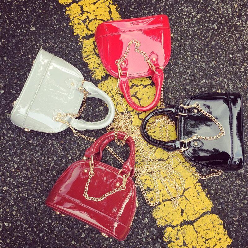 monsisy christmas women bag patent leather girl handbag wallet fashion metal chain princess shell bag women mini shoulder bag - Christmas Purses Handbags