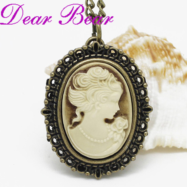vintage watch pendant Cameo