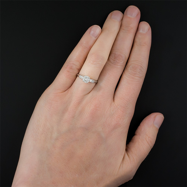 10K White Gold 0.8CT Lab Grown Diamond Solitaire Wedding Engagement Ring