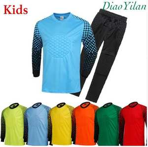 d32e322f90 kids Soccer Goalkeeper Jersey Sponge Protector Suit Camisetas De Futbol  children Goal Keeper Uniforms Long Sleeve