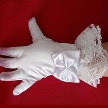 50 pz/lotto Capretto studente ragazza di fiore guanti corti di colore bianco del partito del costume performance di danza guanti all'ingrosso