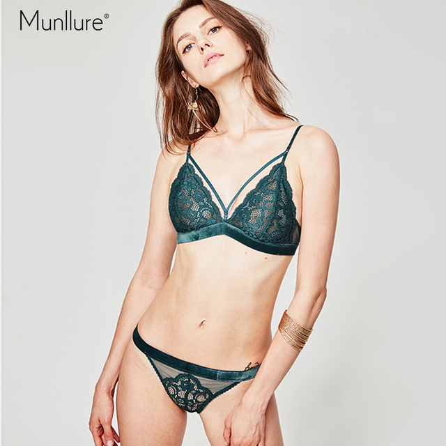 cd97d200b5e Munllure Flower lace bra gathered chest sexy no steel ring on the  collection anti-sagging underwear panties suit women bra set