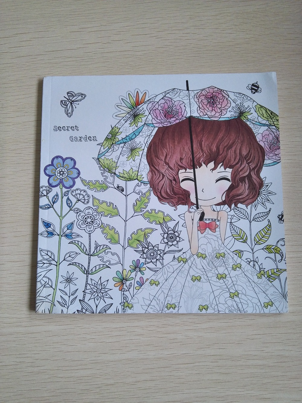 100Pages Beautiful Girl Colouring Book Secret Garden