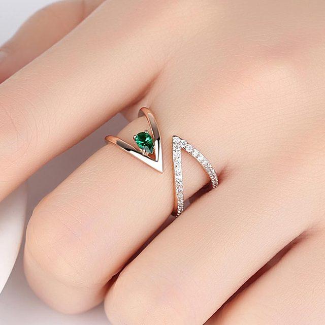 Rose Gold V Letter Open Size Fashion Ring 5