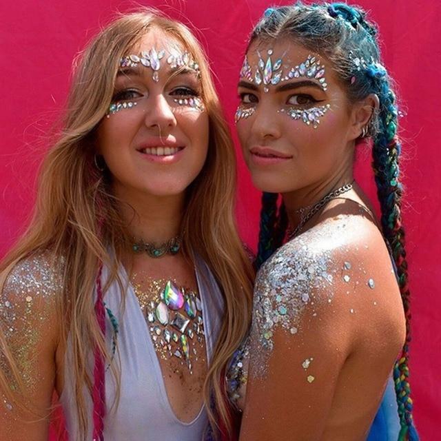 2017 Adhésif Visage Gems Strass Temporaire Tatouage Bijoux Festival Partie  Corps Glitter Autocollants Flash Tatouages Temporaires