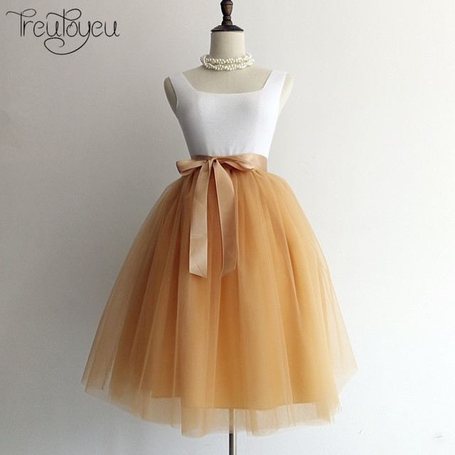 8c2aab1f11592 7 Layers 65cm Knee Length Tulle Skirt Tutu Women Skirt High Waist Pleated  Skirt Cosplay Petticoat