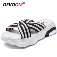 New Canvas Teenslippers Women Breath Home Shoes Black Slides Bear Bottom Pantoffels Young students Fit Flops Women Summer Wedges