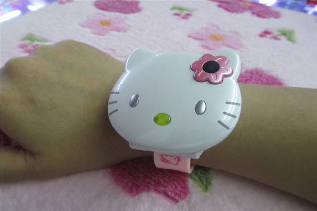1471a54bc6c7 Free shipping by China Post! Quad bands cute flip Hello Kitty watch cartoon  mobile phone