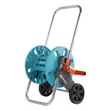 Катушка для шланга GARDENA 18500-20.000.00 (Макс.длина шланга на тележке: 13 мм (1/2″) 40 м, 15 мм (5/8″) 30 м, 19 мм (3/4″) 25 м, морозостойкая, возможность подсоединение шланга под углом, защита от течи)