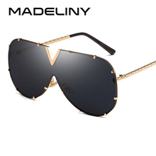 MADELINY NEW Women Square Sunglasses Fashion Metal Frame Oce