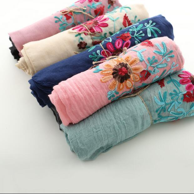 Vintage 3D daisy  chrysanthemum flowers colored thread embroidery long scarf shawl wrap 2016 autumn winter