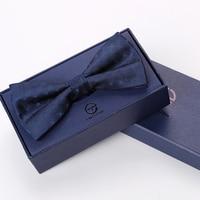 Alta Qualidade 2017 Moda de Casamento Do Noivo Gravata Borboleta Azul Marinho dos homens Bow Tie Negócios Clube Banquete Gravata Borboleta Presente de Aniversário caixa