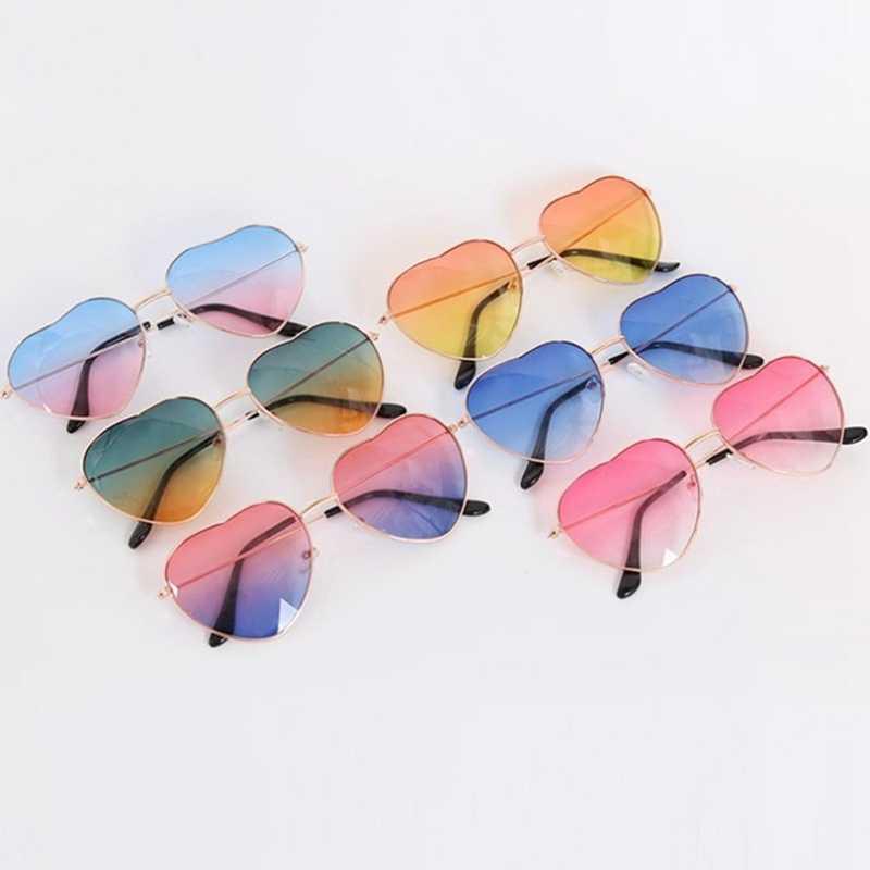 Nuevas Gafas de sol de amor corazón de marca Retro para mujer Gafas de sol rojo amarillo Rosa Gafas para señora Vintage Gafas UV400