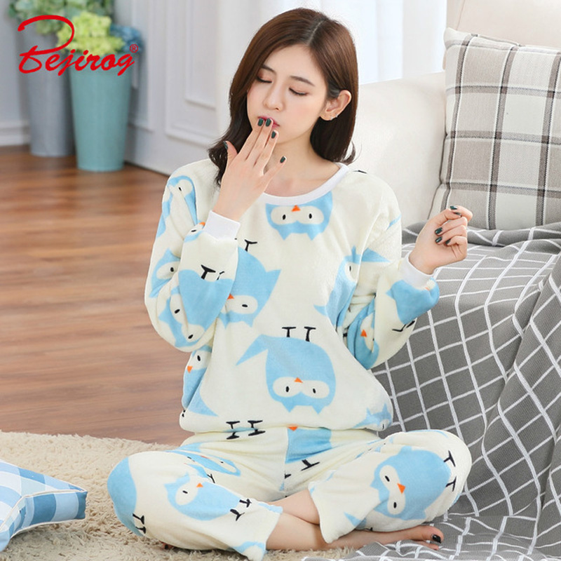 Bejirog star flannel pyjamas set for ladies women bathrobe thin coral  sleepwear cartoon print pajama in winter plus size pijama-in Pajama Sets  from ... 2cacefc45