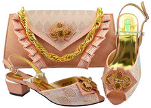 New Peach Italian Shoes With Matching Bags Set African Rhinestone Middle  Heels 5CM Shoes And Matching d2aac29b13eb