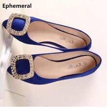 Zapatos planos con punta estrecha y seda para mujer, calzado negro de lujo con diamantes, estilo americano y europeo, de talla grande para pies anchos 34 46