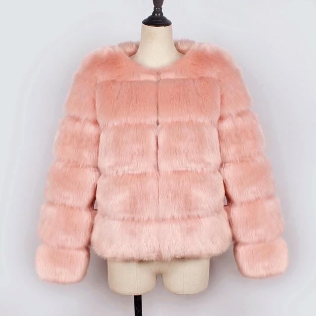 Фото новинка 2020 зимнее теплое пальто из лисьего меха женская однотонная цена