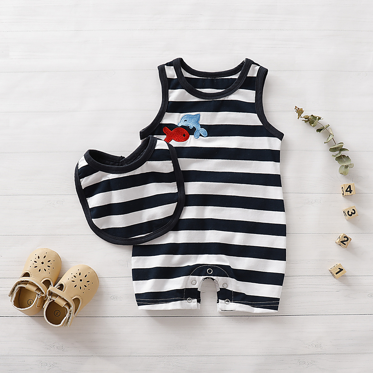 Newborn Infant Baby Boys   Rompers   Sleeveless Shark Jumpsuits+Bibs Cotton Toddler Kids 0-18M Children Playsuit One Piece Clothes