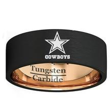 Настроить выгравированы Dallas Cowboys 8 мм черный с розовым золотом Цвет Вольфрам карбида обручальное кольцо Comfort Fit