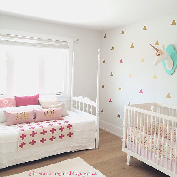 100pcs gold Triangles shape NURSERY wall stick for KIDS home decoration,M2S1 ...