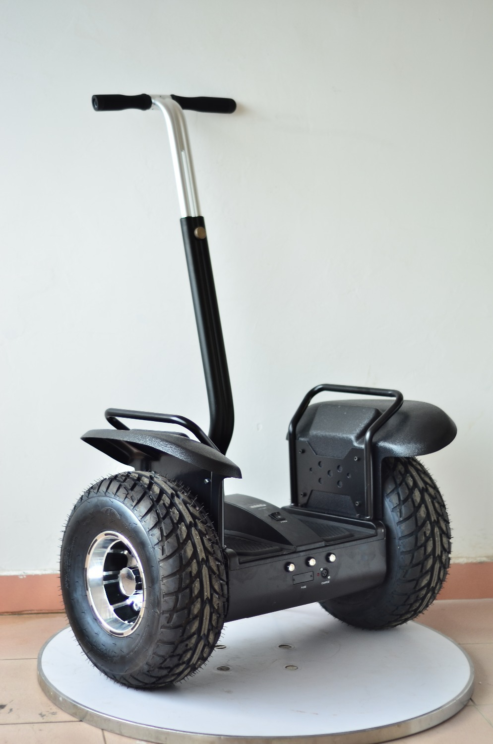 Balancing Scooter With Handle