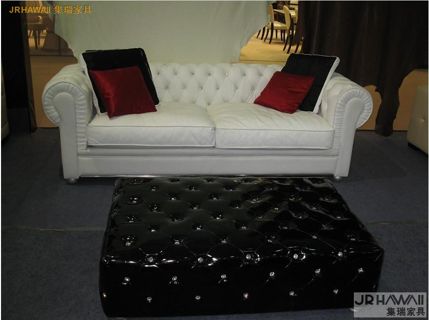 Living Room Sofa 3 Seat Chesterfield