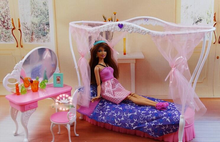 Bed + Dresser Set / Dollhouse Living Bed Room Furniture Accessories  Decoration Collection For Barbie Kurhn