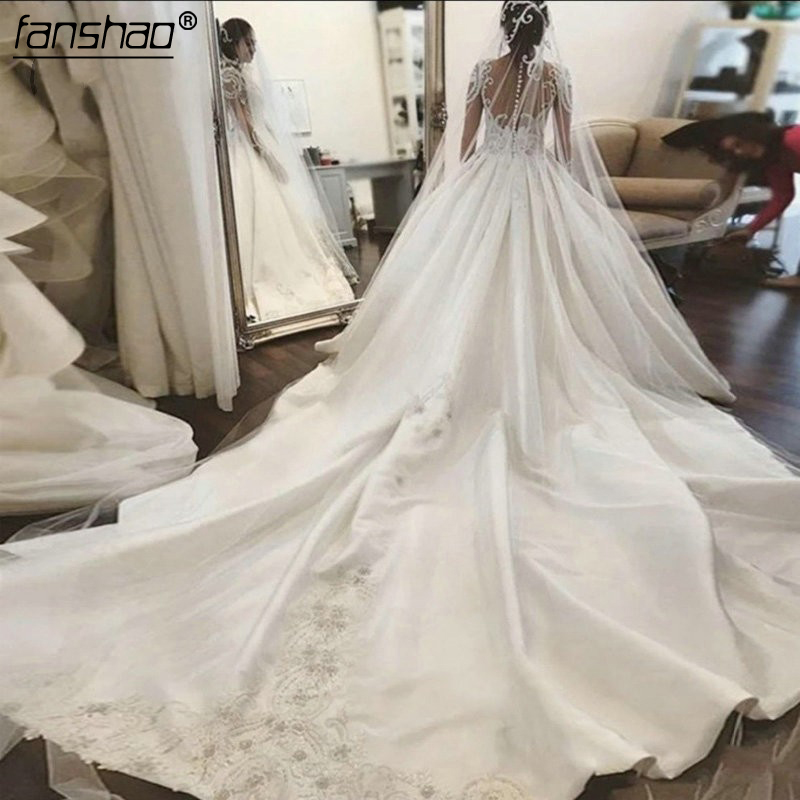 Elegant Satin Wedding Dresses 2019 Dubai Bridal Gowns With Cathedral Train Appliques Button Robe De Mariee