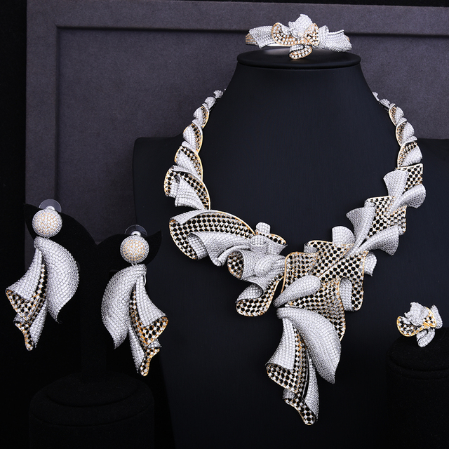 Exclusive Super Luxury Flower Cubic Zirconia Jewelry Set
