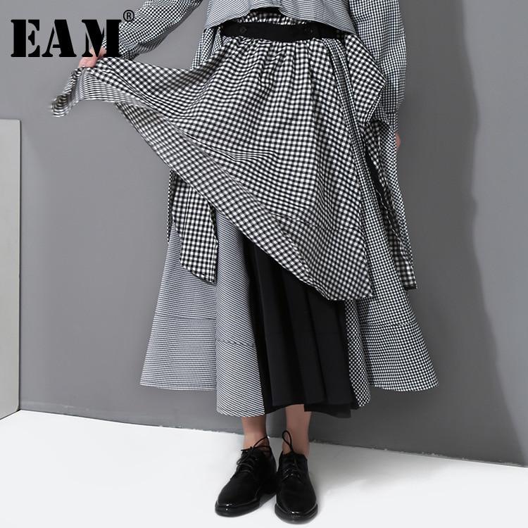 [EAM] 2018 Nuovo Autunno A Vita Alta di Colore Solido Plaid Nero Split Misto Allentato Half-Pannello Esterno del corpo Delle Donne di modo di Marea Del Tutto-Fiammifero E577