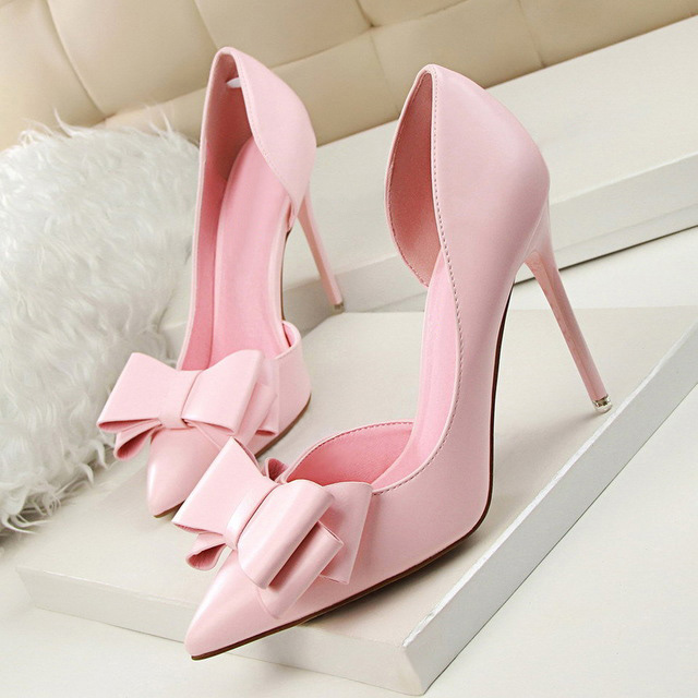 Women shoes 2018 fashion sweet bowknot high heel shoes woman heels tenis feminino side hollow pointed shallow mouth women pumps 2017 spring and summer new women s shoes female pointed shallow mouth slope with high heel shoe side empty leather woman s shoes