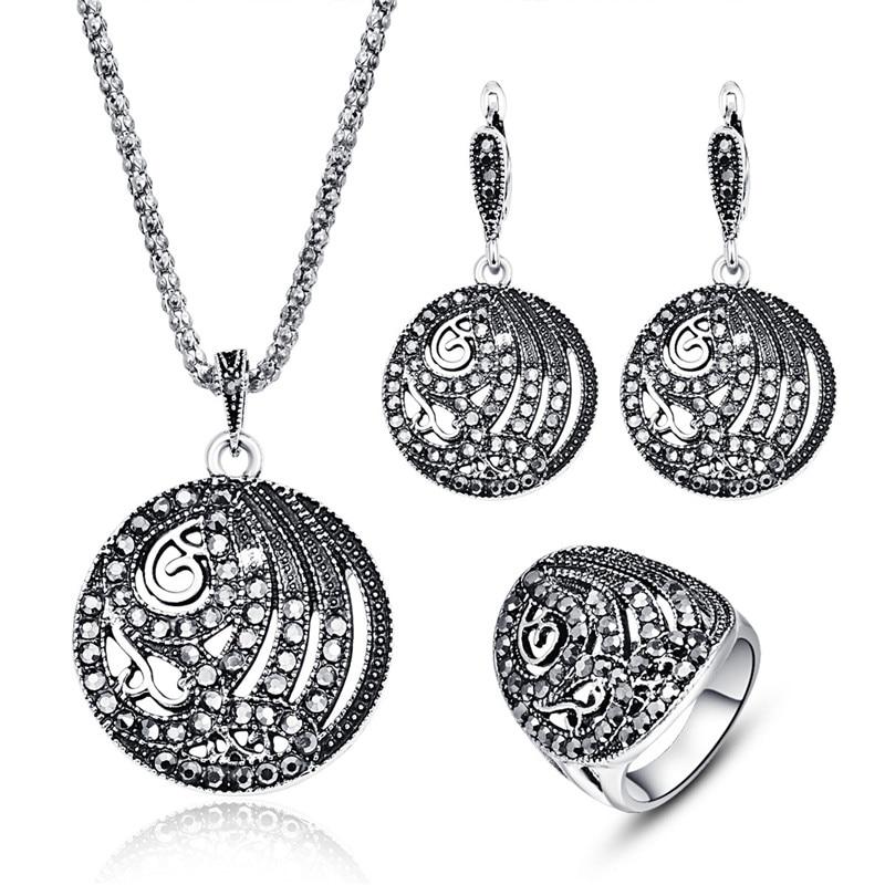 Klassisk Antik Silver Färgsmycken Mode Vintage Kvinnor Sätter Smycken Trendig Crystal Metallic Hollow Out Rund Smycken Set 20%