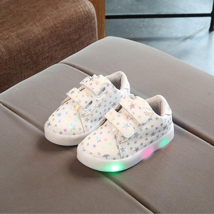 2017 nuevos zapatos de moda de otoño para niños con luz Led niños zapatillas luminosas brillantes bebé niño niños niñas zapatos 21-30