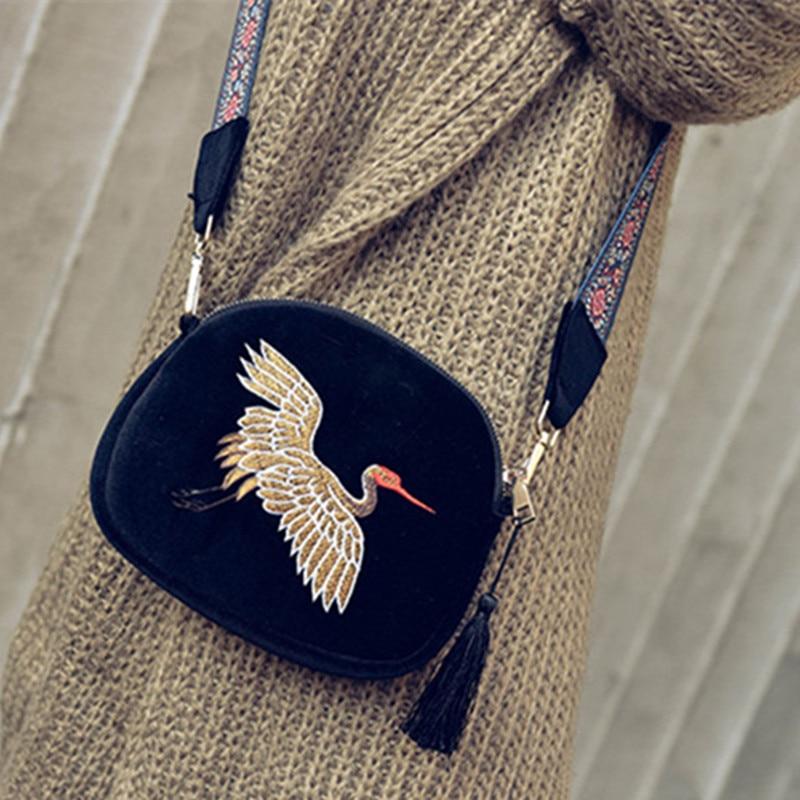 New mini Luxury Handbags Women Bags Designer velvet Tassel Clutch Bag Hand Embroidery Cranes Retro Wide shoulder Strap Shoulder