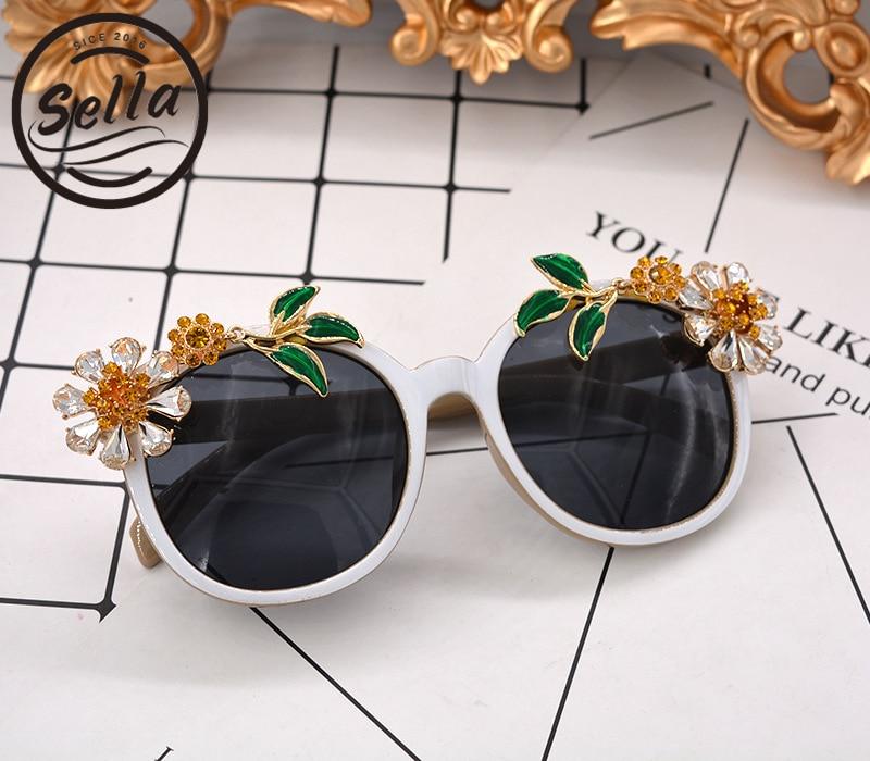 Sella New European Style Baroque Luxury Women Cateye Sunglasses Fashion Flower Female Sun Glasses Seaside Vocation UV400